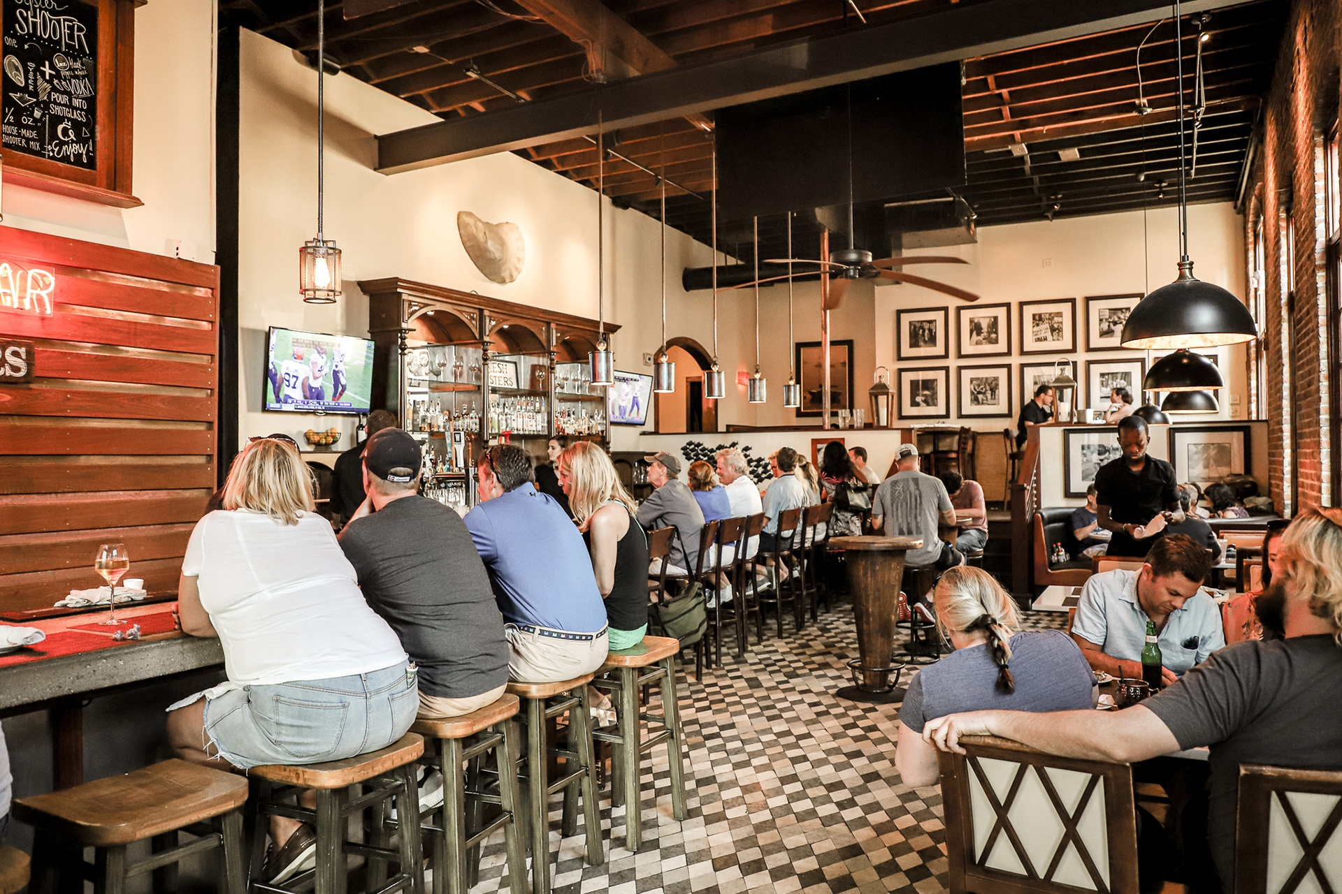 Charleston SC Seafood | Oyster House Seafood Restaurant